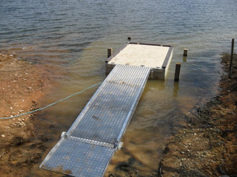 Roadford lake fishing platforms 005aaa
